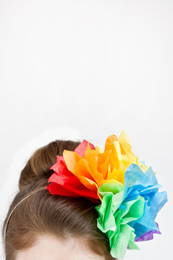 DIY Rainbow Tissue Paper Fascinator