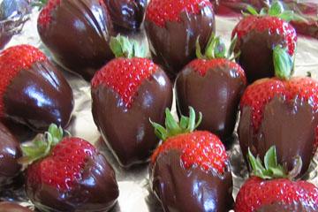 cropped-yummy-chocolate-strawberries-023.jpg