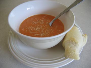 bowl-roll-front-tom-soup-020.jpg