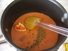 sauce-pan-tom-soup-002.jpg