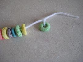 tie-knot-end-fruit-loop-garland-041.jpg