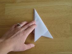 folding paper snowflakes