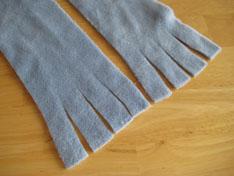 blue-fringe-no-sew-fleece-scarves-013.jpg