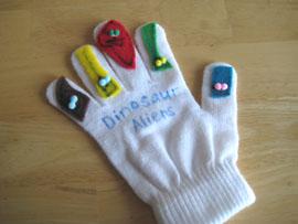 dino-alien-winter-glove-puppets-034.jpg