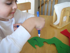dino-matt-color-winter-glove-puppets-023.jpg