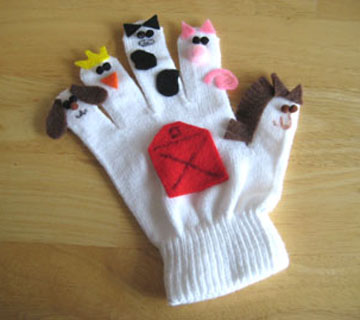 front-newwaiting-winter-glove-puppets-021.jpg