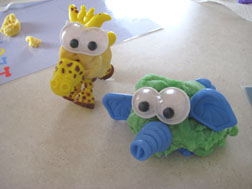 kids-animals-playdough-colors-054.jpg