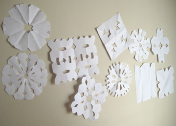 on-the-wall-snowflakes-078.jpg