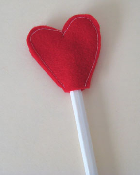front-heart-pencil-topper-040.jpg