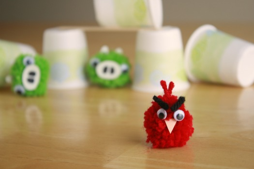 crafting angry birds pom pom tutorial