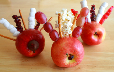 Craft Ideas Apples on Gobbling Turkey Apples  Pictured Above  Turkey Time Bowling Thankful