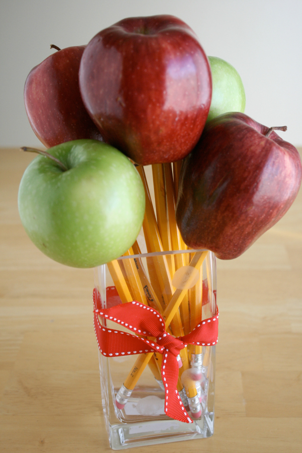 Apple and Pencil Bouquet for Teacher Gift