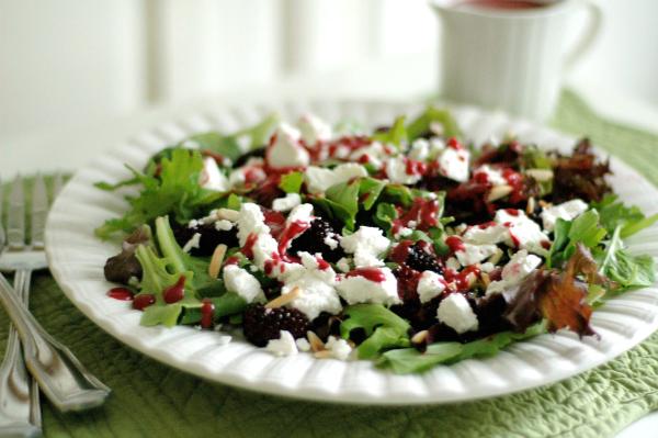 Arugula, watercress, goat cheese and blackberry salad