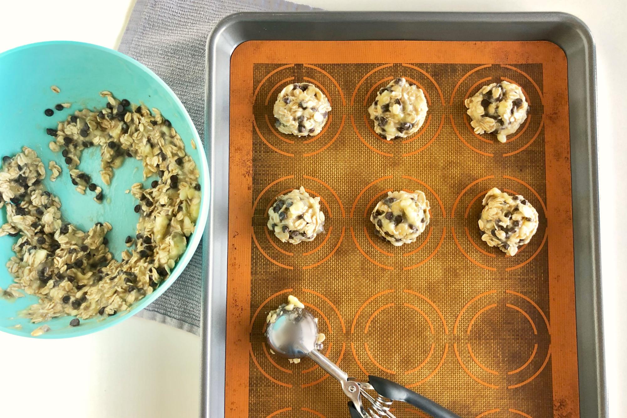 Baking 3 Ingredient Banana Oat Chocolate Chip Cookies