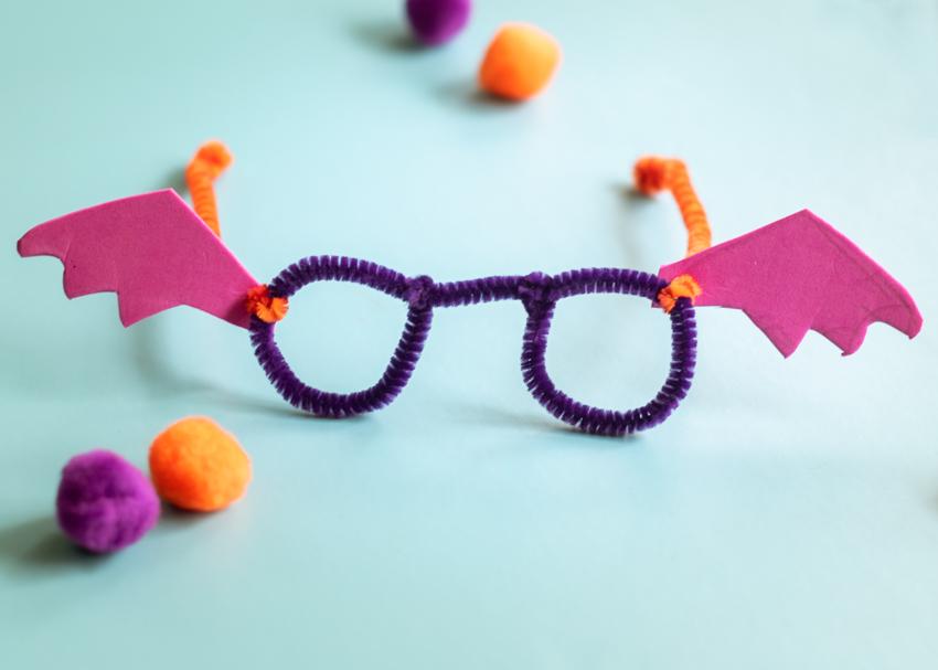 Bat Tastic Bifocals Using Pipe Cleaners Halloween Craft