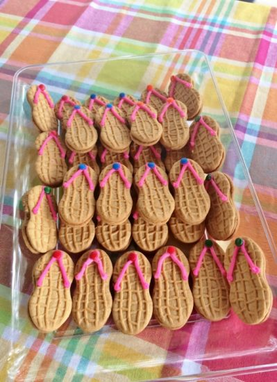 Beach-Themed-Party-Flip-Flop-Cookies