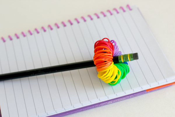 Craft a Rainbow Loom Band Pom Pom Pencil Topper