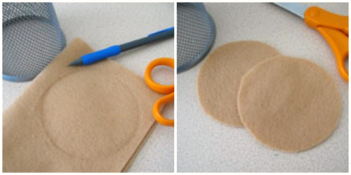 Crafting Felt Sugar Cookies @makeandtakes.com