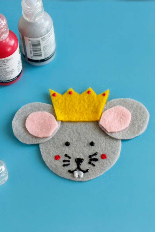 Crafting a Mouse King Felt Ornament