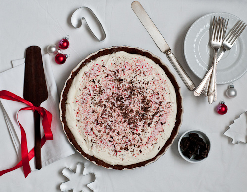 Creamy Peppermint Bark Tart
