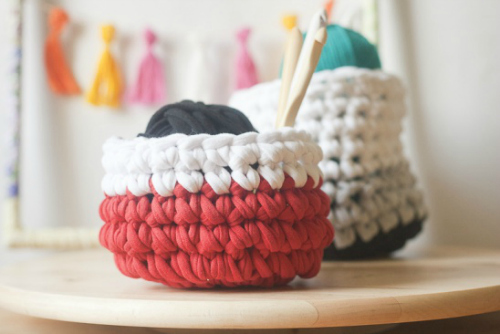 Crochet Basket Pattern @francineclouden.typepad.com