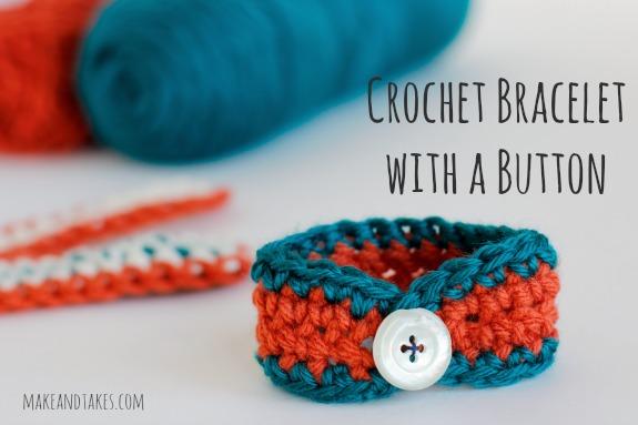 Crochet Bracelet with Buttons @makeandtakes.com #crochetaday
