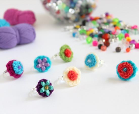 Crochet Mini Circle Rings makeandtakes.com