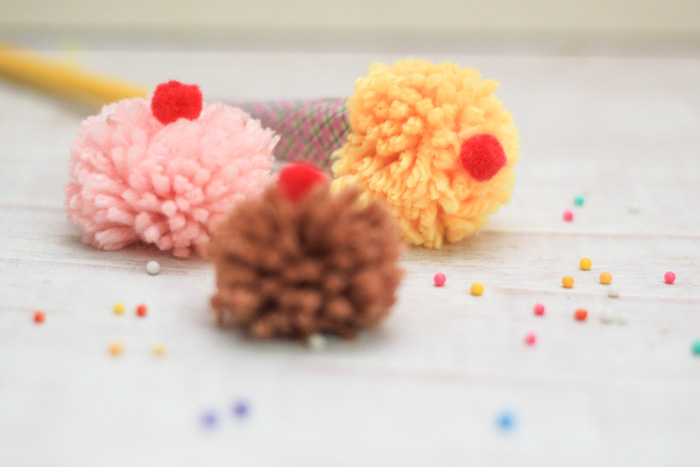 Cute pom pom ice cream craft