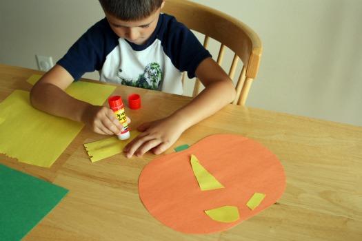 Decorating a Pumpkin Halloween Countdown