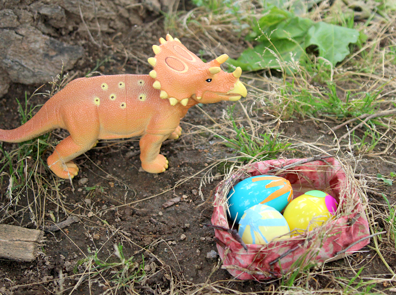 Dinosaur Nest Craft for Kids