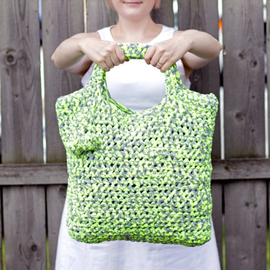 Fabric Yarn Crochet Tote @Handsoccupied.com