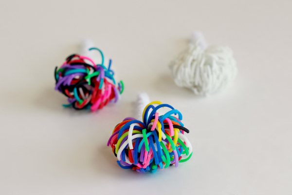 Fluffy Rainbow Loom Band Pom Poms