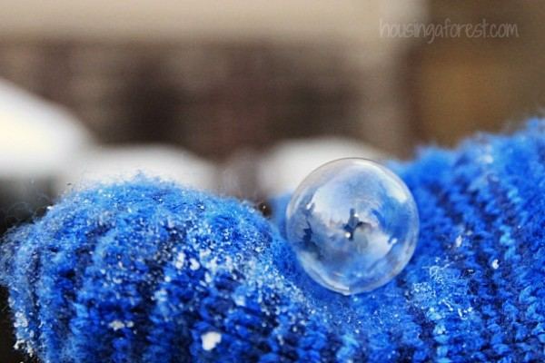 Frozen Bubbles to Make in Winter