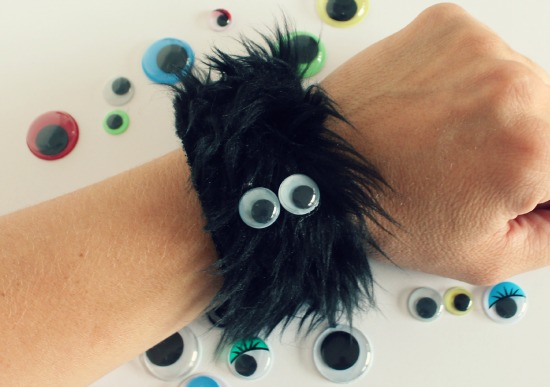 Furry Monster Bracelet with Googly Eyes via makeandtakes.com