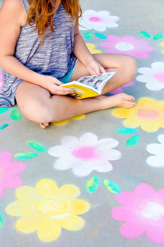 Make Spring Flowers With Spray Chalk