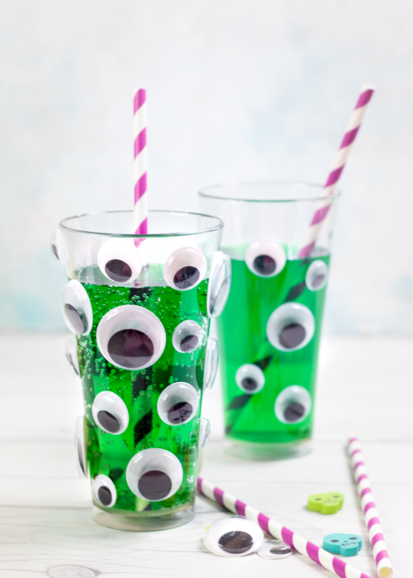 Googly Eye Drink Glasses for Halloween Fun