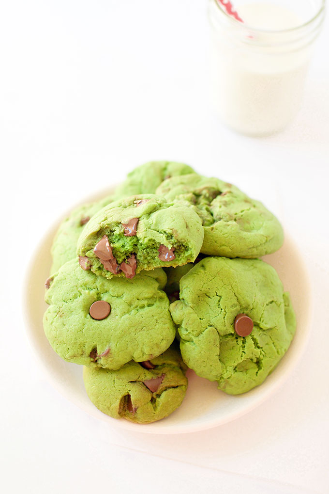 Green Mint Chocolate Chip Cookies