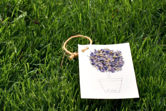 Handmade Card for Mom with Dried Flowers