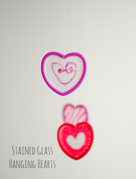 Hanging Dried Glue Hearts @makeandtakes.com