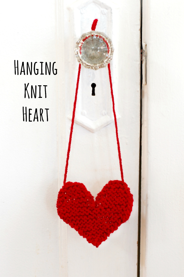 Hanging-Knit-Heart-Pattern