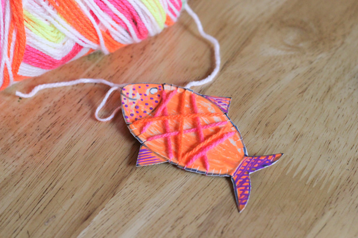 How to Yarn Wrapped Cardboard Fish