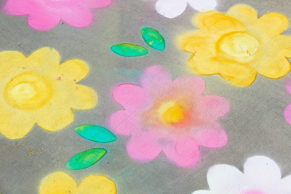 DIY Spring With Spray Chalk
