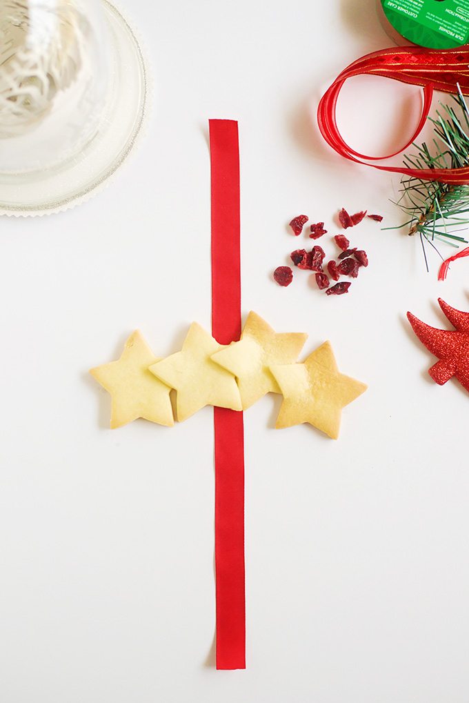 How to make a Christmas Shortbread Star Wreath