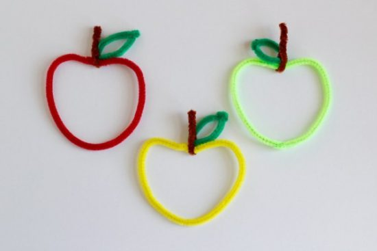 Pipe Cleaner Apple Craft
