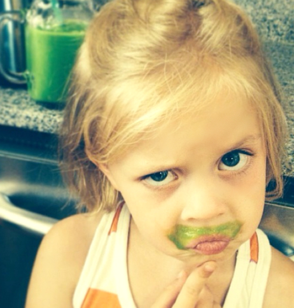 Kids Drinking Green Smoothies
