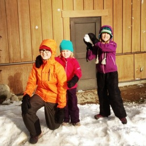 Family Friendly Winter Fun @makeandtakes.com
