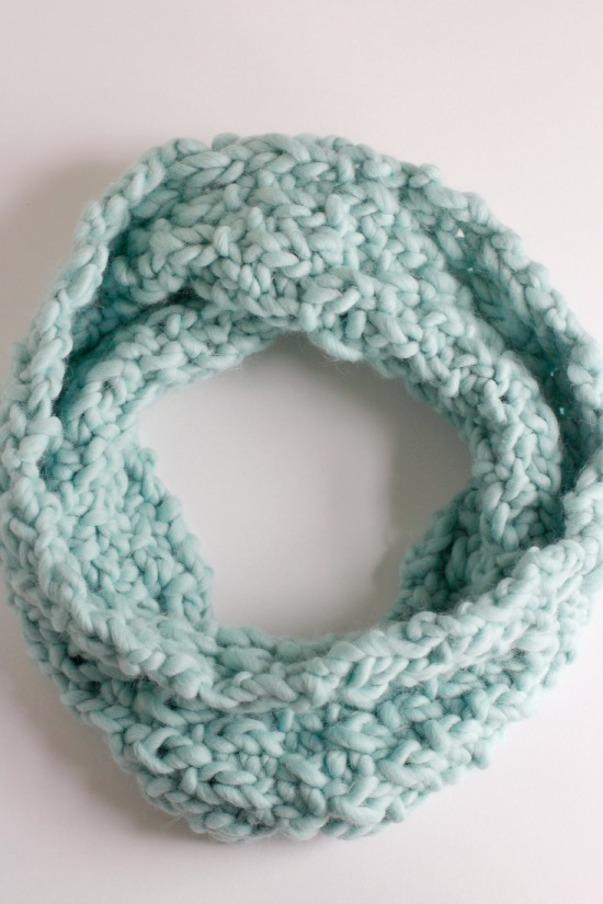 Knit Pattern for a Chunky Cowl