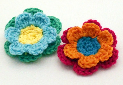 Leaves and Flowers Crochet Pattern by mamachee.com