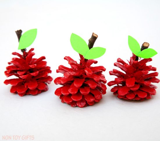 Pinecone Apple Craft