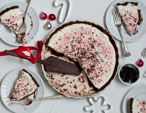 Creamy Peppermint Bark Tart Recipe